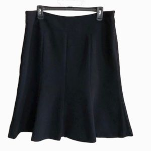 Jones Wear skirt in lined black poly fabric